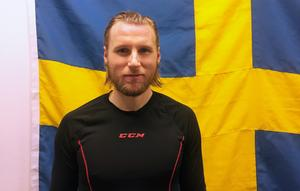Patrik Sjöström gör sin första säsong som proffs i Ryssland – och sitt första VM.