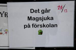 Besökare varnades för att gå in på förskolan i byn. Förskolechefen Lars-Erik Bång berättade i början av januari 2018 att ungefär hälften av familjerna med barn på förskolan med 50 platser hade varit drabbade av vinterkräksjukan och åtta av tio bland personalen.