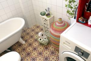 Nytt badrum med marockanskt golv.