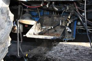 Batterilöst – igen. Det räckte inte med svetsade anordningar för att freda traktorbatterierna på Väderbacken. Natten till torsdagen var tjuvarna på besök för tredje gången sedan nyårsskiftet.