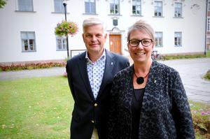 Kommunalråden Markus Kyllenbeck (M) och Annelie Hägg (C) har presenterat Alliansens budgetförslag för kommande två år.