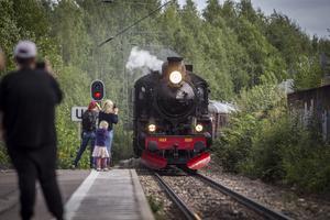 Ångloket med tåg avgick från Fors och åkte sedan via Horndal till Krylbo för att sedan stanna i Avesta centrum.