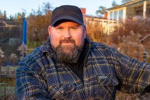 Per Axelsson tränar amerikanska fotbollslaget Dalecarlia Rebels.