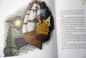 Det goda spökskeppet Månvandraren. Illustration:  Lina Bodén