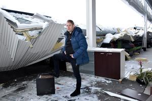 Här satt Mattias Lundgren när taket rasade in bredvid honom.