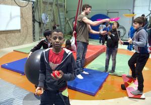 Capital Hafty klass fem Hellbergsskolan Skönsberg jonglerade på cirkusskolan.