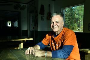 I trettio år har Joonas drivit värdshuset och vandrarhemmet i Noppikoski.