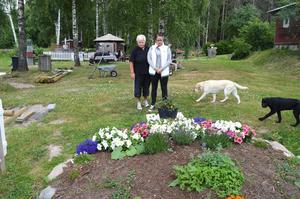 Familjen har gjort en minnesplats till Pernilla dit de kan gå.