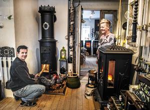 Patrik Hansson och Helene Wallin driver företaget Hanssons Vedspisar i Sundsvall