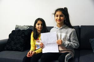 Lillasyster Khadijah och Aishah är födda i Afghanistan men kom till Sverige med sin mamma för fyra år sedan.