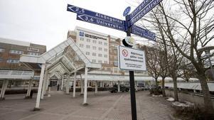 Universitetssjukhuset i Örebro fick pris som landets bästa universitetssjukhus förra året. Men sedan dess har tillgängligheten kraftigt försämrats, vårdköerna växer och nu krävs krafttag för att lösa bemanningen och öka kapaciteten. Arkivfoto