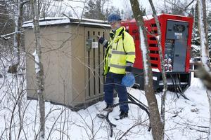 – Vi har omkring 20 stycken mobila transformatorer tillfälligt utplacerade i Roslagen och Uppland, säger Jan-Åke Rosenqvist, teknisk specialist på Vattenfall.