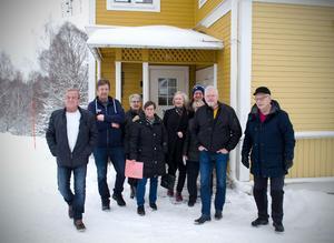 I vintras träffade ST de boende i Gudmundsbyn som måste betala för fiber de aldrig fick. Nu har de fått rätt mot bredbandsföretaget.
