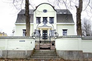 3. Sigrid Ahlgren byggde på Tegnervägen 3 också 1916.