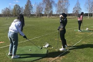 Syftet med projektet Golf för nya vänner är att hjälpa nyanlända och delvis etablerade att få nya vänner och nya nätverk genom golfklubben och golfanläggningen.