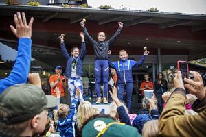 Ida Persson kom etta på 1200-meterssträckan bland tjejerna. Klara Wistrand kom tvåa och Alva Viklund trea.