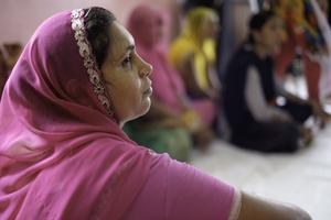 Indien är ett land där The Hunger Project engagerat kvinnor, berättar insändaren.