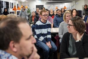 Pelle Holmlund har barn på Ankarsviks skola. Han efterlyste en konsekvensanalys.