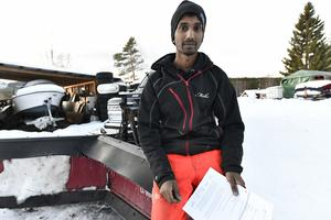 Mikael Persson arbete med att erbjuda motorintresserade ungdomar isbanekörning är nu stoppat.