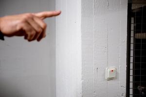 Speciell betongkvalitet, armering och tjocklek på väggarna krävs för att uppfylla MSB:s krav på skyddsrum.