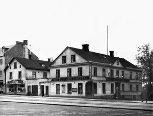 Hotell Contineltal låg på platsen där Hotell Högland ligger i dag.