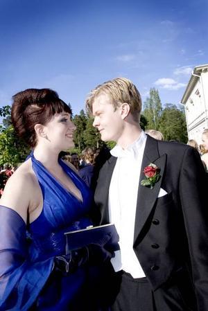 En frisyr som ingen annan hade Frida Hägglund, SP3I, som hade klasskompisen Niklas Knutsson vid sin sida.