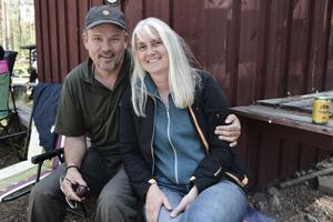 Albert och Monica Knaus från Schweiz lyssnade på musiken.