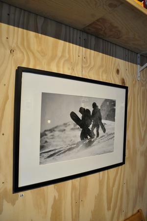Jens Blixht ställde ut foton i Heims lokaler.