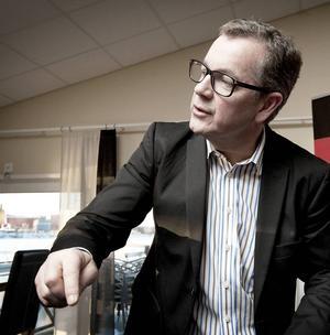 Thomas Lagerström avgår förmodligen under tisdagen.