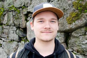 Andreas Jedselius Hansson, 22, personlig assistent, Sundsvall: