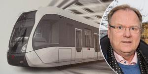 Dan Rasmussen har kontoret i Örebro och säljer bland annat kinesiska superbussar från CRRC som drivs av el.