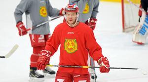 Niklas Fogström fortsätter i Mora IK.