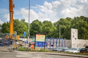 Telge bostäder bygger också ett parkeringsgarage med 118 platser i Grusåsen, ett stenkast från Södertäljeporten.