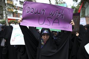 Kan hårda sanktioner från USA få Irans regim på fall?Foto: AP/TT