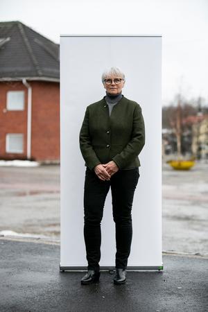 Lotta Gunnarsson (M) lovar att rikskända varmbadet vid Prästa kommer att dyka upp i valrörelsen.