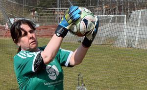 För målvakten Marita Gustafsson betyder idrotten mycket.