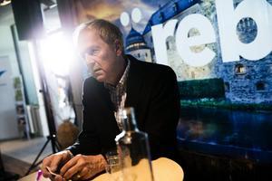 Erik Amnå, professor i statskunskap vid Örebro universitet, talar på temat