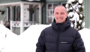 Anders Svensson har alla anledningar att le. 42 år ung är han tillbaka i landslaget efter fyra år utanför truppen.