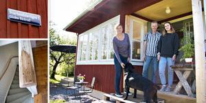 Helena Linder och Kenneth Norén gjorde stugan i Svartandal till sitt hem. Just nu är också dottern Maria hemma på besök från Göteborg.