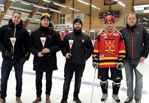 Tomas Meskanen, David Nordberg, Jonny Westman, Mikael Häggblom och Håkan Lundin uppmärksammades för sina insatser inom Ånge IK.Bild: Ulf Stecksén
