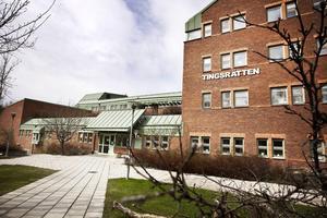 Dödshotande kvinna döms till böter av tingsrätten i Östersund.