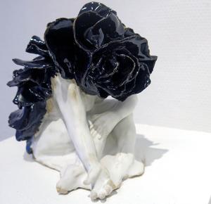 Skulptur av Beatrice Jalkelöv.