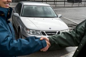 En man från Djurås får rätt mot en bilförsäljare i ARN sedan motorn gått sönder på den bil han köpt. OBS: Bilden har ingenting med händelsen att göra. Foto: Leo Sellén/Scanpix