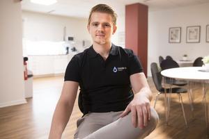 Pawel Gentek, vd på Städarna Västerås, har skapat 17 tillsvidareanställningar under 2018 och siktar på att dubbla personalen under året.