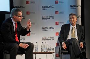 Professor Hans Rosling tillsammans med Microsofts grundare, Bill Gates.