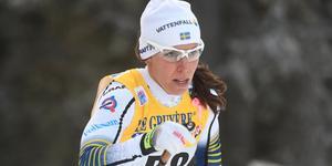 Charlotte Kalla under världscupen i Ruka. Nästa helgs tävlingar i Ulricehamn blir de sista i världscupen inför VM.