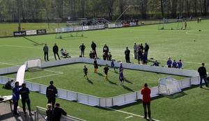 3 mot 3 spel med sarg för de allra yngsta lirarna. Bilden fotad i samband med spelformsdagen i Avesta. Foto: DFF