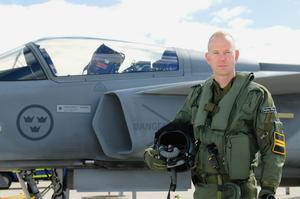 Foto: FlygvapnetHenrik Björling, bördig från Borlänge, kommer till flygfesten med en JAS 39 Gripen.