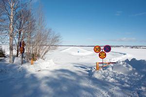 Så här såg isvägen mellan Sunne och Vällviken ut i mars förra året.