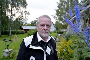 Lennart Sohlberg, s-politiker i Mora vill utreda om fler polishelikoptrar kan skapa bättre trygghet.